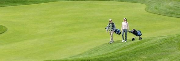 Sport all'aria aperta all'Alpe di Siusi. Estate in famiglia con escursioni e corsi gratuiti di golf
