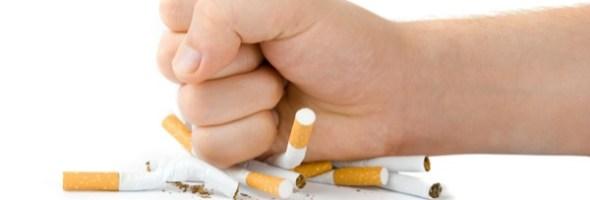 """Fumo: lo psicoterapeuta ci spiega perché sia tanto difficile smettere. """"Occorre re-imparare a gestire le emozioni negative, che affogavamo nella sigaretta"""" spiega da ex fumatore lo psicoterapeuta Giovanni Porta"""