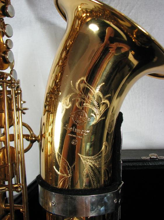 bari sax, Selmer Mark VI, baritone sax, bell engraving, how to buy a used saxophone