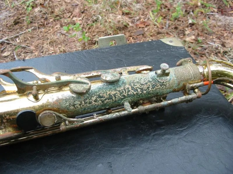 green oxidation, saxophone, how to buy a used saxophone,