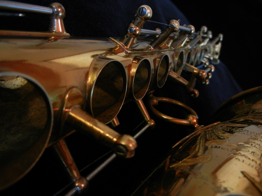 saxophone tone holes, Selmer, alto sax,