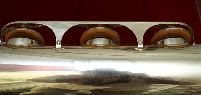 baritone sax, bell key tone holes, silver plated, bari sax, key guard