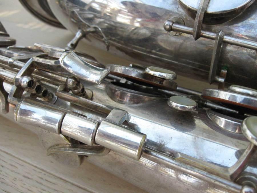 Hohner President, tenor sax, vintage sax, German sax, Max Keilwerth, saxophone, saxophone keys, tone holes, bevelled tone holes