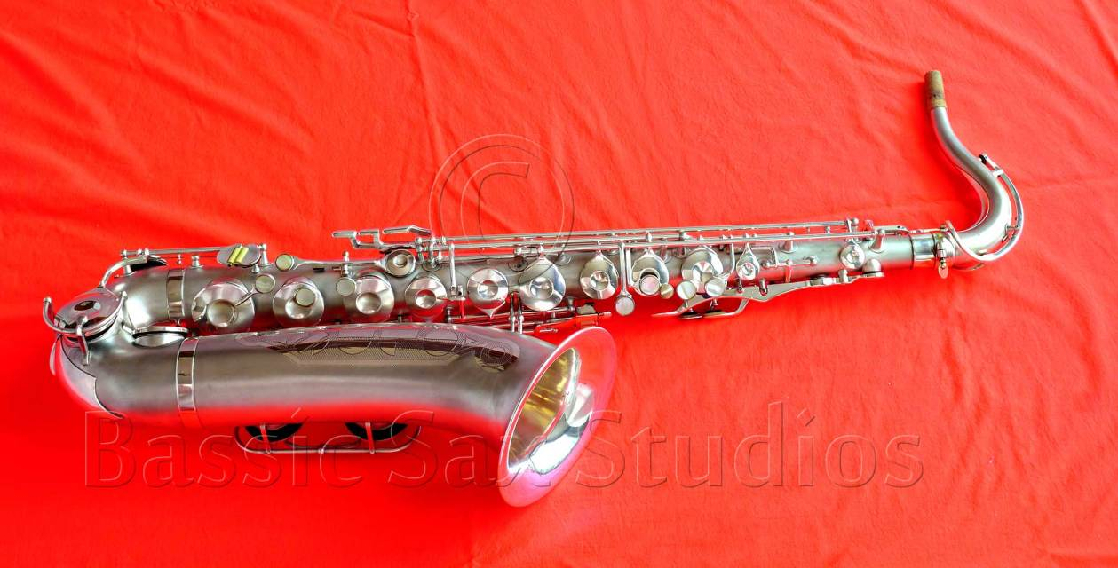 olds super tenor saxophone, silver sax, vintage tenor sax, Olds Super sax
