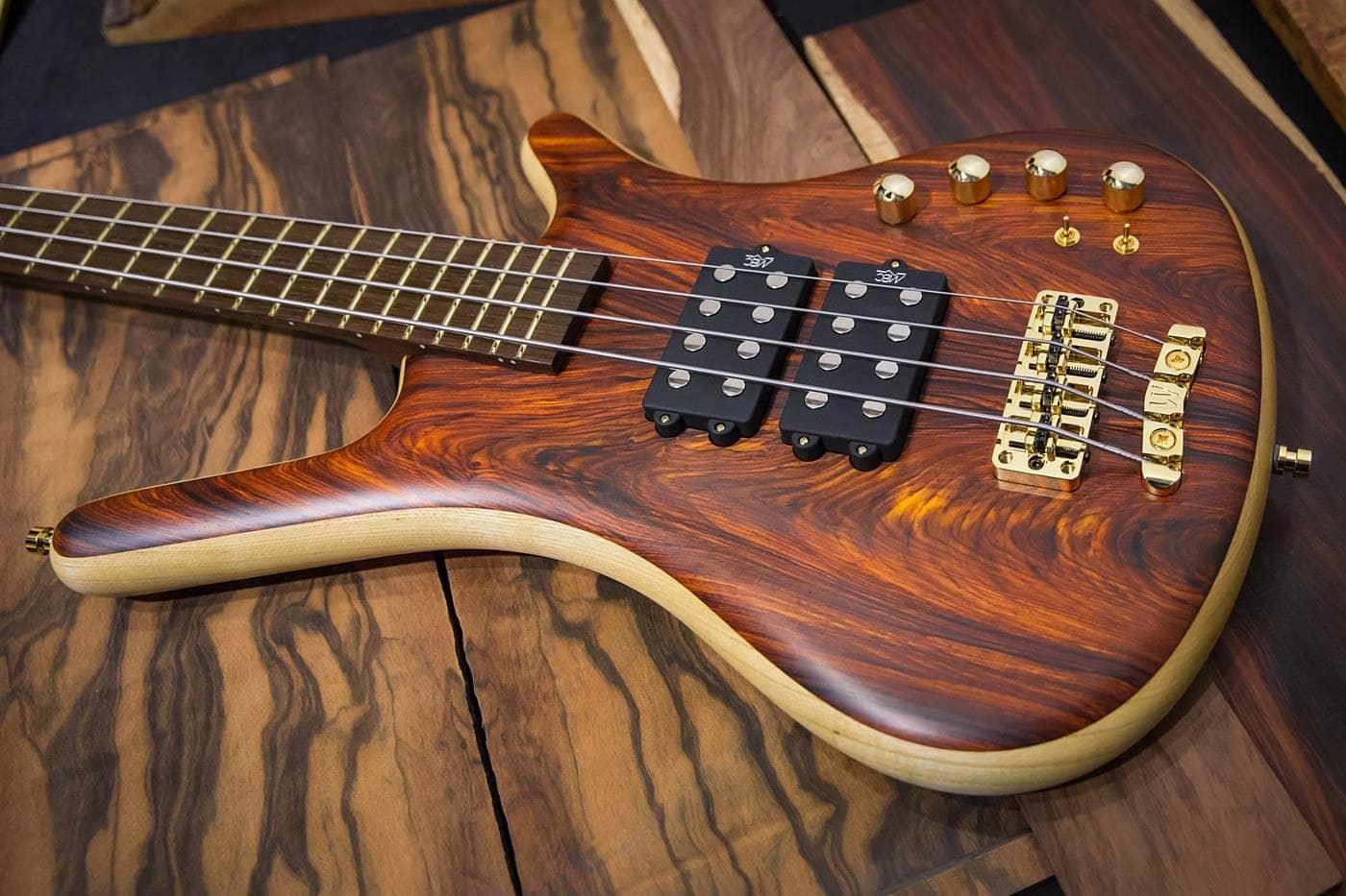 gamme mineure pentatonique a la guitare basse 0