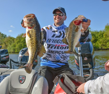 Livingston pro Randy Howell showed off a pair of Lake O. beauties. Photo by Joel Shangle.