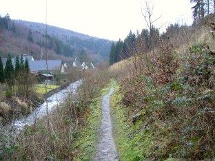 Waldroute an längs der Elpe bei Ostwig