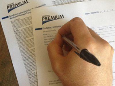 Guida all'invio della disdetta Mediaset Premium