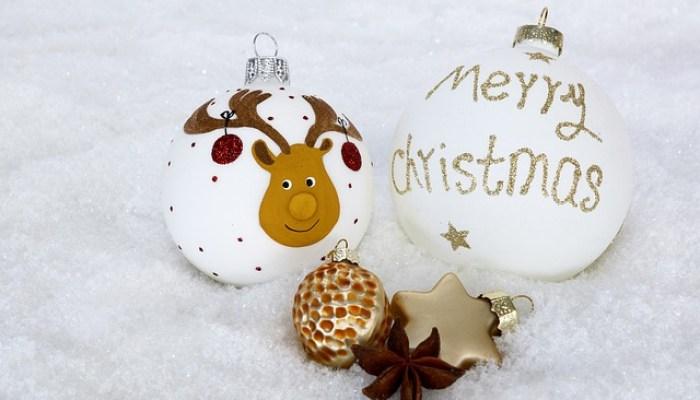 Weihnachtskugel bemalen