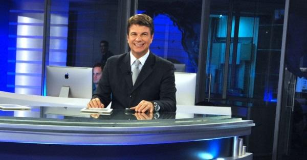 Augusto Xavier será o apresentador do novo jornalístico da RedeTV!. Foto: RedeTV!/Reprodução