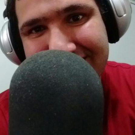 """Marcos Wor, locutor da """"Rádio Zap""""."""
