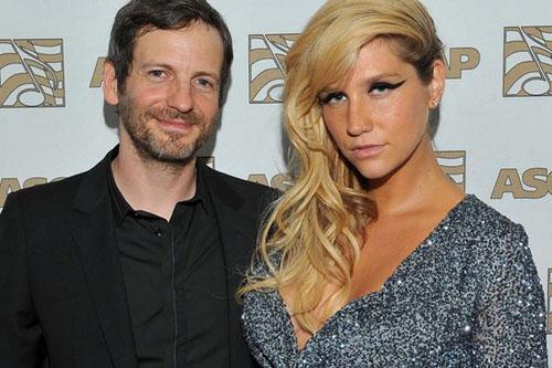 """""""Qualquer alegação de que Kesha não é livre é apenas mito"""" – dizem advogados de Dr. Luke para a 'Billboard'"""
