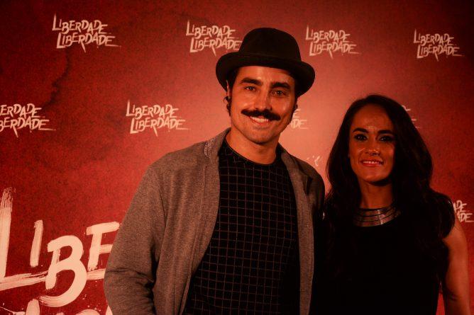 O casal Ricardo Pereira e Francisca Pinto estiveram na coletiva da nova novela/Paulo Carvalho/Bastidores Da TV)