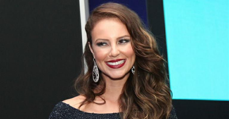Paolla Oliveira desiste de interpretar Elke Maravilha no cinema. Saiba quem ficou com o papel