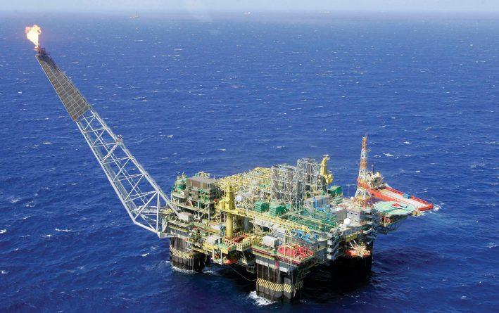 Globo planeja gravar série em plataforma de petróleo em 2018