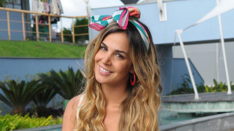 Após seis anos na Record, Robertha Portella assina com a Globo