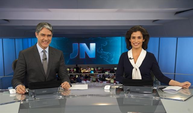 """""""Jornal Nacional"""" atinge média histórica com cobertura sobre a crise política"""