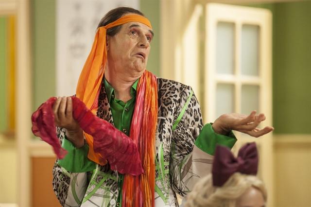 """Marcos Caruso interpreta Seu Peru na nova """"Escolinha do Professor Raimundo"""". Foto: Globo/Pedro Curi"""