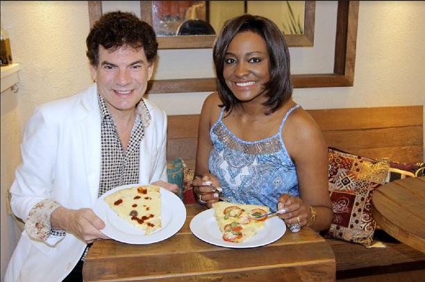 joyce-ribeiro-pizza-teleton