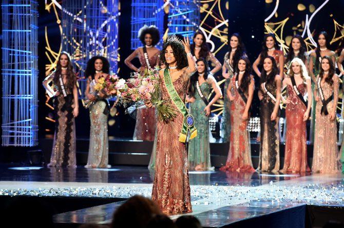 Raissa Santana, de 21 anos, foi escolhida a mulher mais bonita do país. Foto: Divulgação/Band