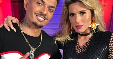 """Exaltando as """"musas"""" Lívia Andrade e Nicole Bahls, MC Fabinho fala sobre o trabalho com as beldades e conta mais sobre sua carreira"""