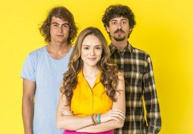 """Conheça a história de """"Verão 90"""", nova novela das 19h da Rede Globo"""