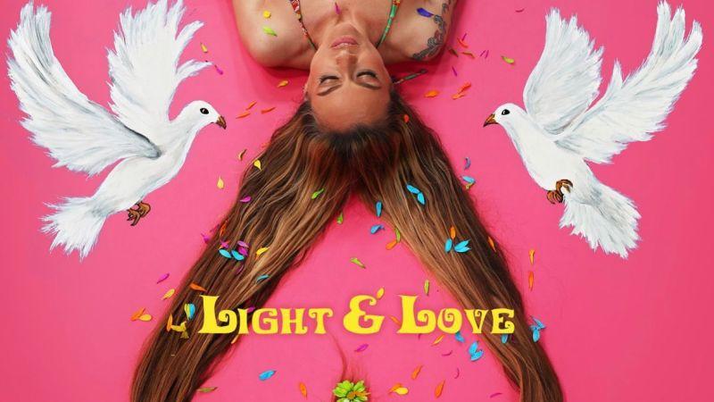 De l'amour et de la lumière pour Chloé Trujillo !