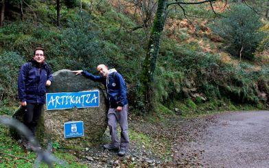 Fin de la ruta, entrada a Artikutza.
