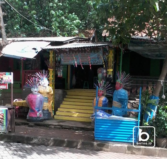 Warung Makan Betawi/Foto Denis Priwanda/batas.id