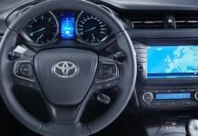 Clova Auto Lengkapi Kendaraan Cerdas Toyota