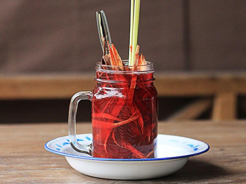 minuman tradisional kesehatan wedang uwuh