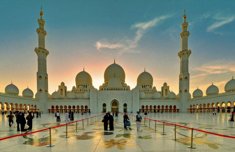 Kloosried van een moskeepreek