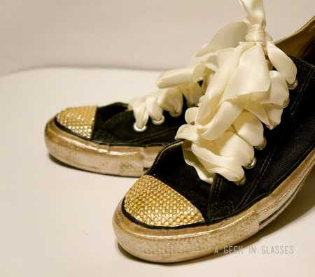 DIY-bling-glitter-shoes-converse-sneakers