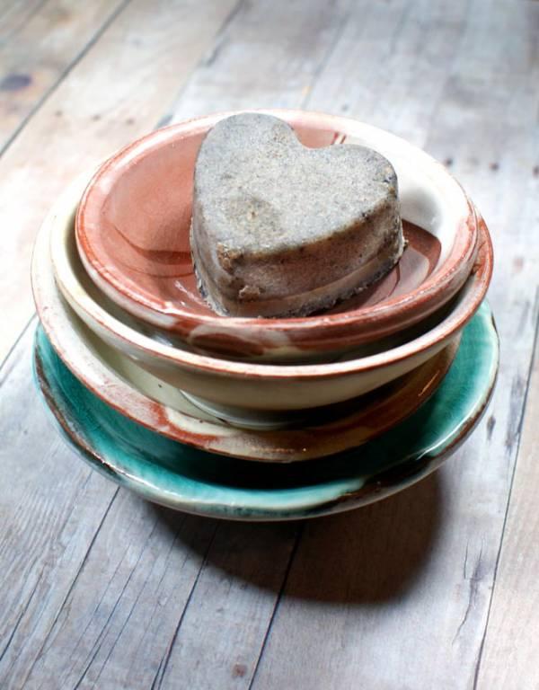 cardamom-and-spice-solid-sugar-scrub-hearts