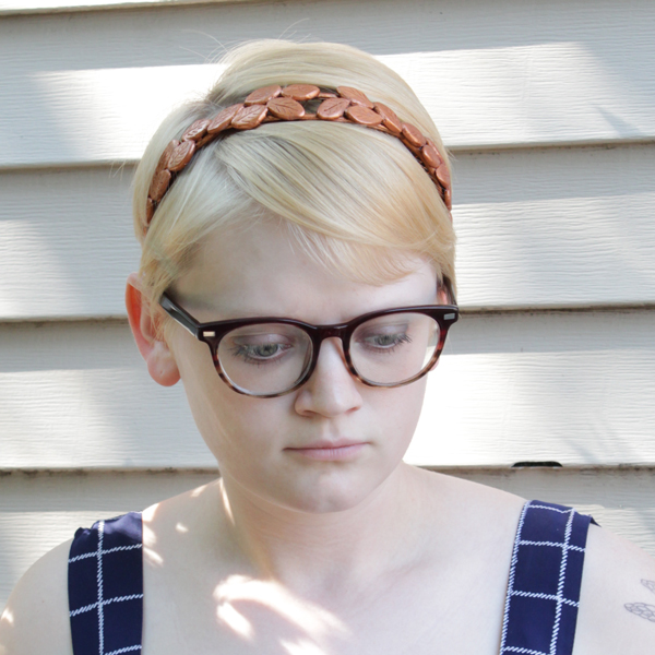 How-to-Bronze-Laurel-Headband16