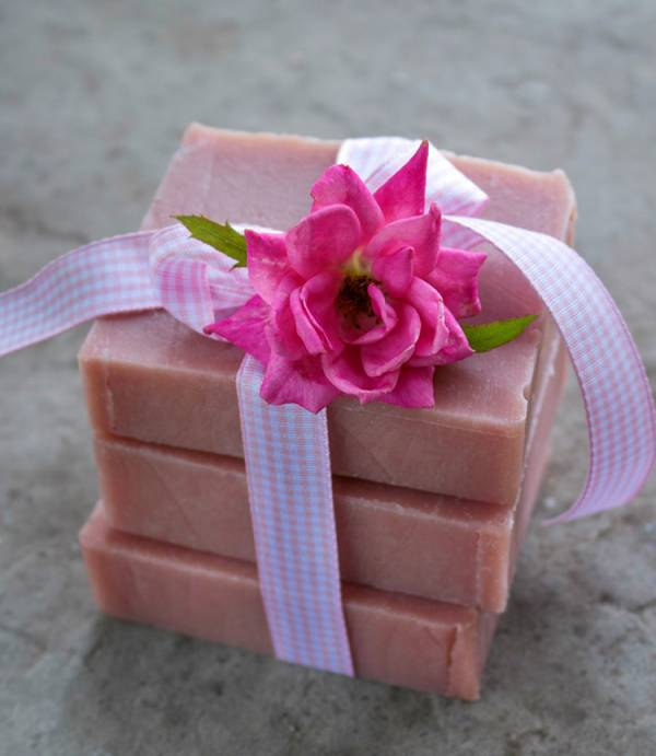 Old Fashioned Rose Soap