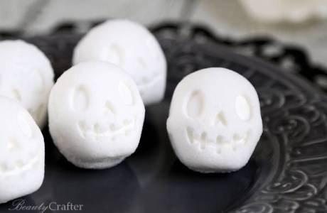 Halloween Skull Bath Bomb Tutorial
