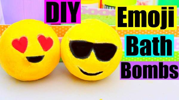 DIY Emoji Bath Bombs