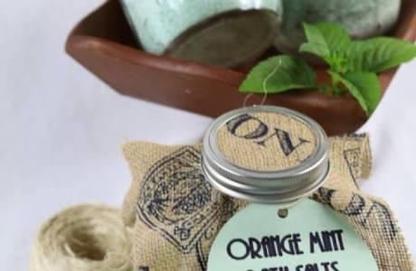 How to Make Orange Mint Bath Salts