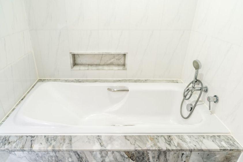 Luxury white modern bathtub decoration in bathroom