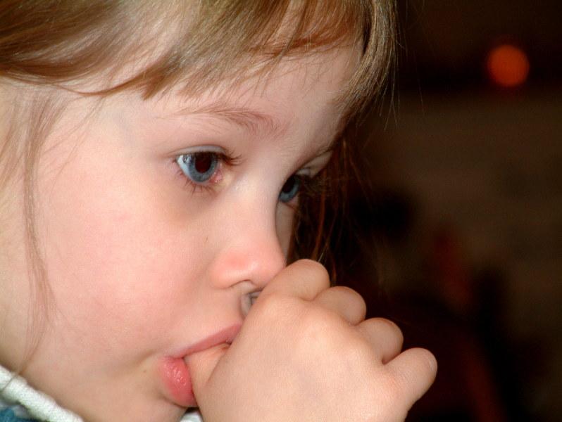 Tim Langhorn hypnotherapy Bath helps children stop thumb-sucking