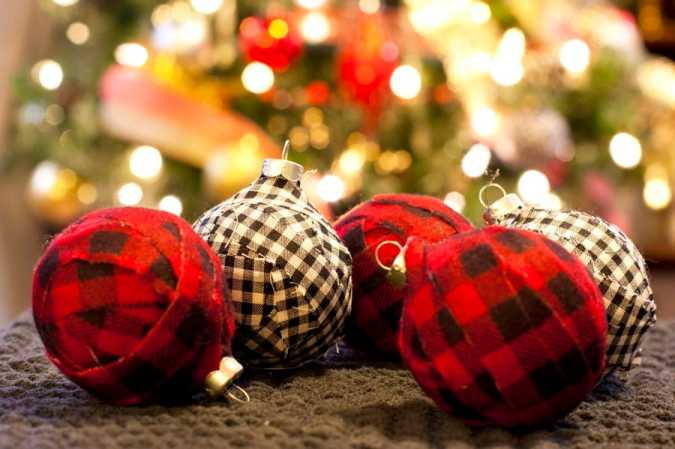Black and white and red and black plaid DIY Christmas ornaments