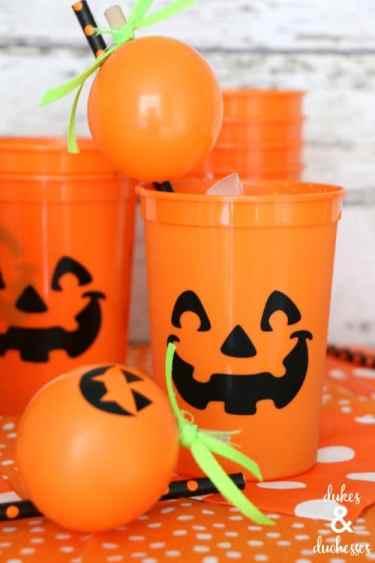 Pumpkin cups with pumpkin balloon straws
