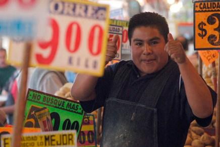 Top del día: Inflación en enero sorprende a la baja en México
