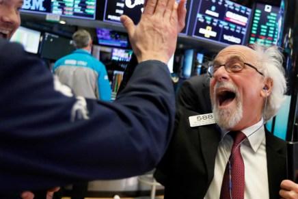 Cierre: Índices accionarios alcanzaron un máximo de 10 semanas