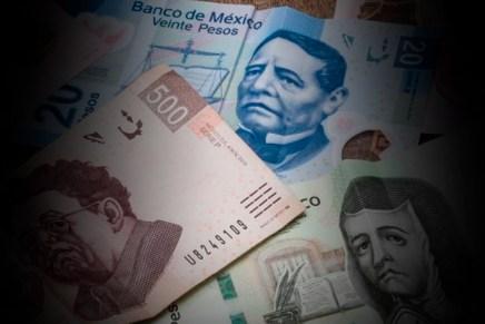 Cierre del día: Inversionistas aguardan la decisión de Banxico