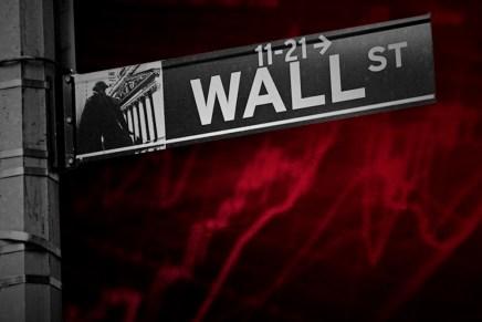 Cierre: Índices accionarios tuvieron su mayor corrección en un mes