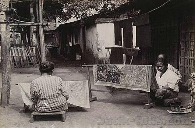 gambar proses membatik batik betawi klasik