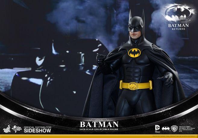 902400-batman-and-bruce-wayne-007