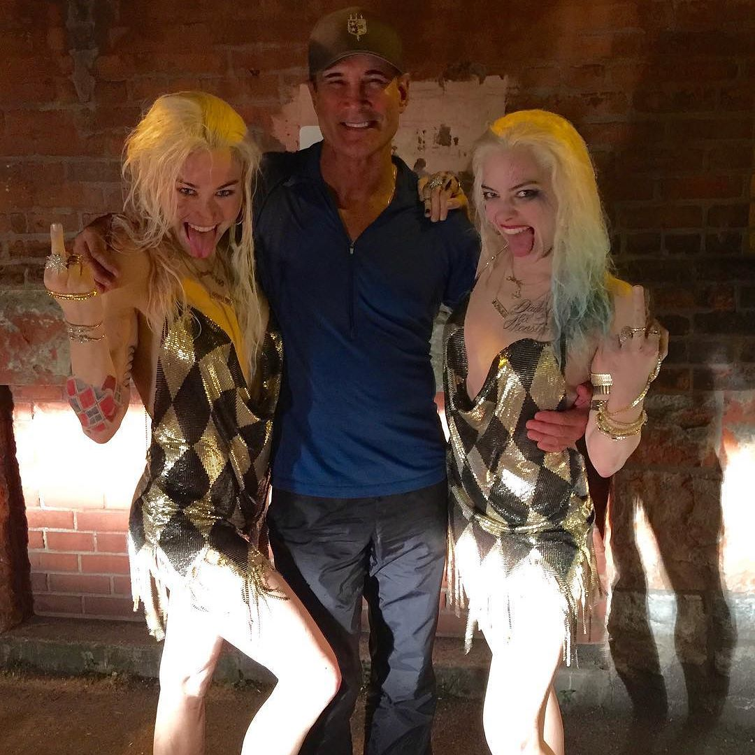 Margot Robbie poses with her Harley Quinn stunt double in ...